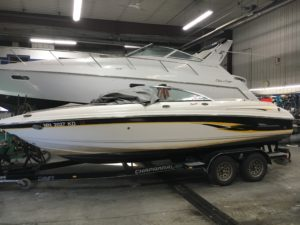 2002 Chaparral 216 SSI Sport